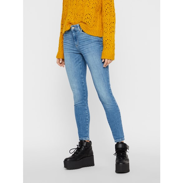 Pcdelly Skn Mw Cr Lb124 Croppade jeans